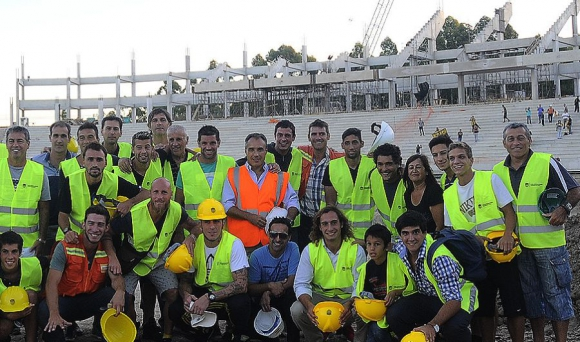 Obras estadio Peñarol.
