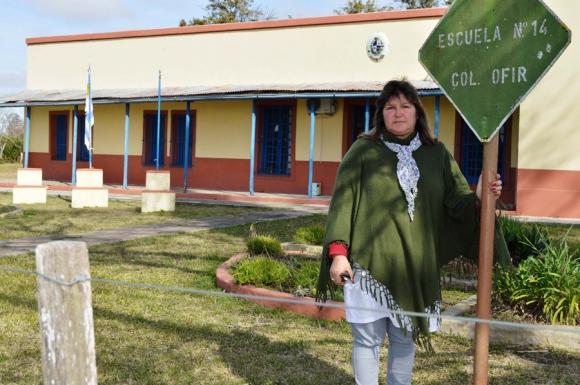 La maestra directora del centro donde acuden 41 niños. Foto: D. Rojas