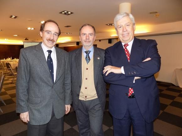 Gabriel Rizzo, Roberto Linn, Santiago Pereira Testa.