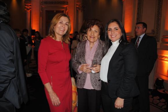 Alicia Bogacz, Norma Bragunbe, María Fernanda Viana.