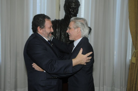Presidente de la SCJ Jorge Chediak junto al ministro Felipe Hounie. Foto: Ariel Colmegna
