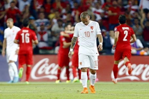 Snejder sufre el momento de Holanda. Foto: Reuters