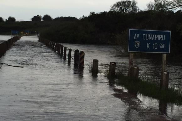 Así se encuentra el puente del arroyo Cuñapirú. Foto: Freddy Fernández Carranza.
