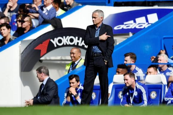 José Mourinho, DT de Chelsea. Foto: Reuters.