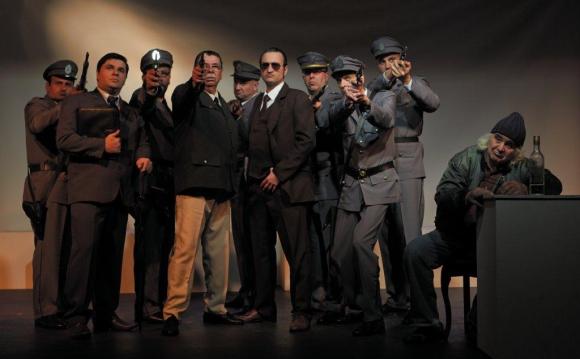 Con todo el elenco de <i>Liberaij apartamento 9.</i>