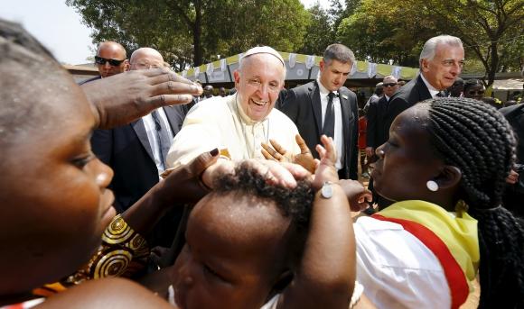 El papa Francisco en África. Foto: Reuters