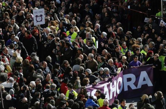 Fue impresionante el movimiento generado por el partido que lidera Iglesias. Foto: EFE.