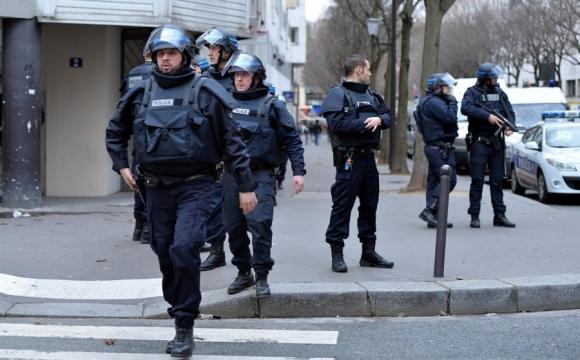 Autoridades de Francia y Suiza detienen a diez personas en operación antiterrorista