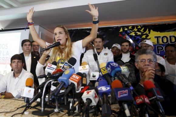 Lilián Tintori acusa al gobierno de Maduro de intentar asesinarla. Foto: Reuters.