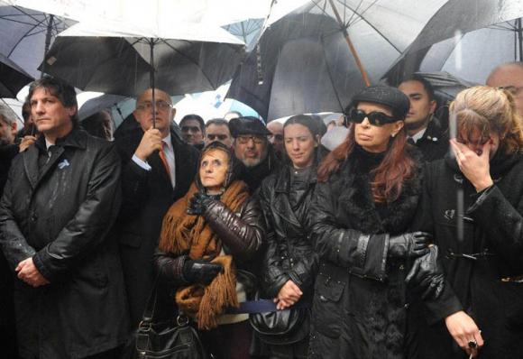 CFK acusada de encubrir a Irán en el caso AMIA