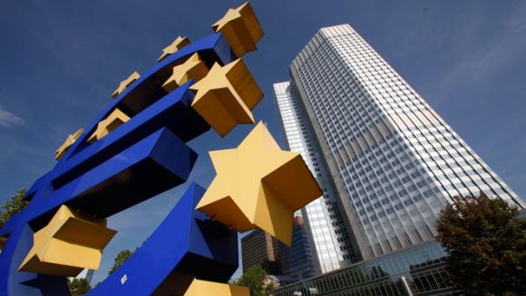recesión en los países de la zona euro será más profunda de lo estimado, según anunció ayer la OCDE.Foto: AFP