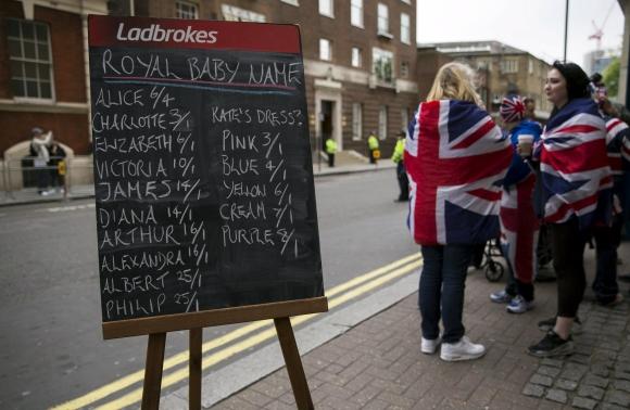 El Reino Unido especula con el nombre de la heredera. Foto: Reuters