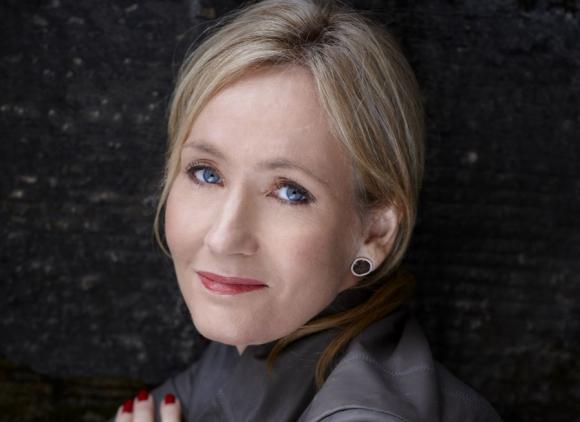 J. K. Rowling sigue escribiendo.
