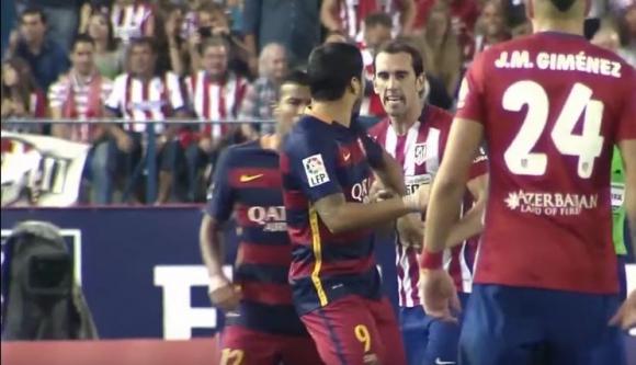 Diego Godín y Luis Suárez. Foto: Captura de video