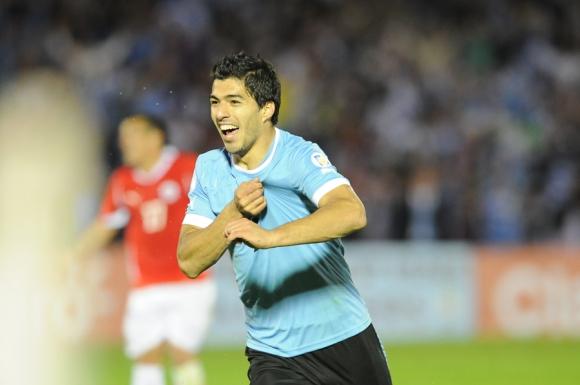 Luis Suárez marcó cuatro goles ante Chile. Foto: Archivo El País