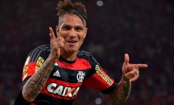 Paolo Guerrero. El atacante peruano de Flamengo siempre es muy votado.