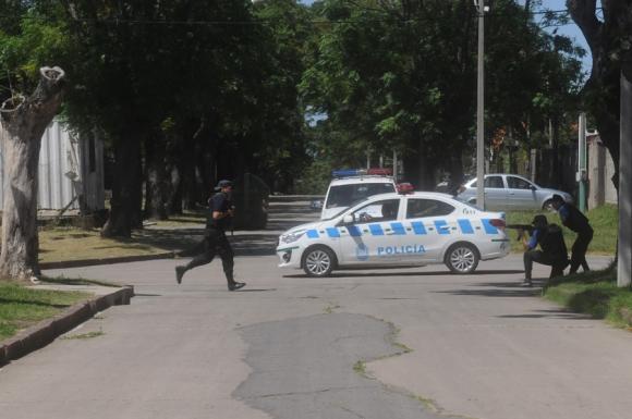 Operativo policial en Cerro Norte. Foto: Francisco Flores