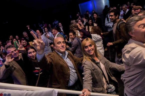 Martínez anoche en el Museo del Carnaval cantó y bailó en el acto de cierre.