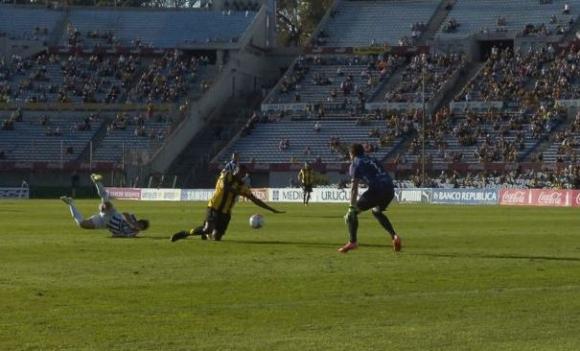 Falta a Zalayeta Peñarol WanderersFoto: A. Colmegna