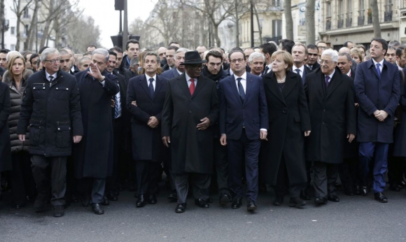 Los líderes mundiales encabezan la histórica marcha contra el terrorismo. Foto: Reuters
