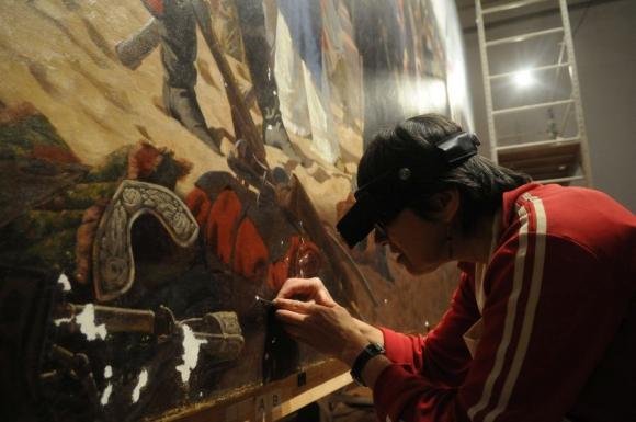 A mediados del 2014 comenzaron las tareas de restauración del óleo del s. XIX. Foto: F.Flores.