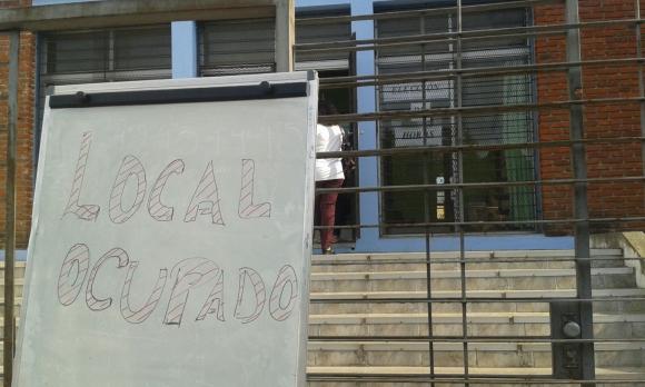 Liceo 68 ocupado. Foto: El País