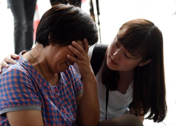 Los familiares de los tripulantes quieren certezas de lo ocurrido. Foto: AFP.