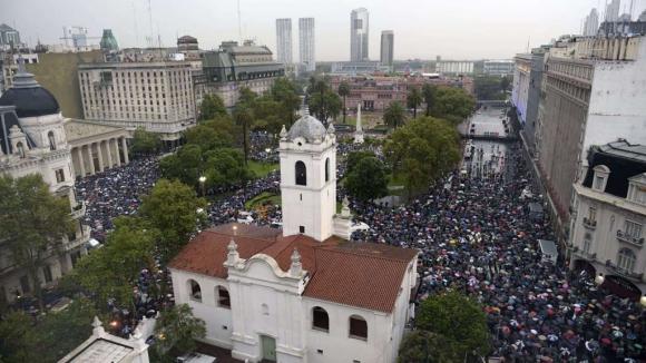La marcha del silencio llega a la plaza de Mayo: Foto:AFP