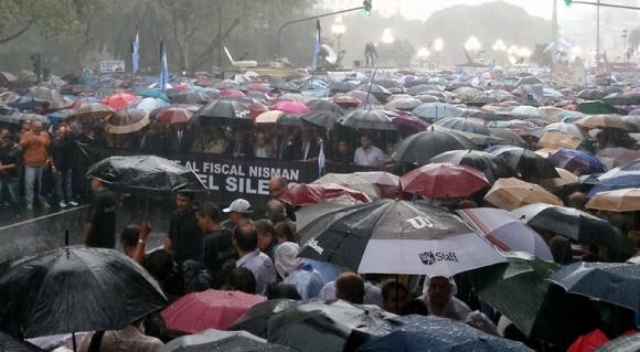 Marcha del silencio en homenaje a Nisman. Foto: @INFOen140