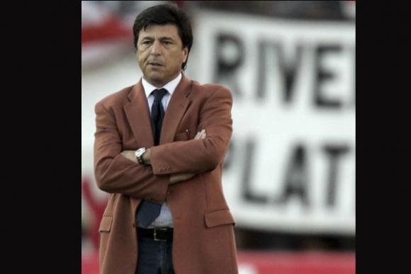Daniel Passarella no quería gais en sus equipos.
