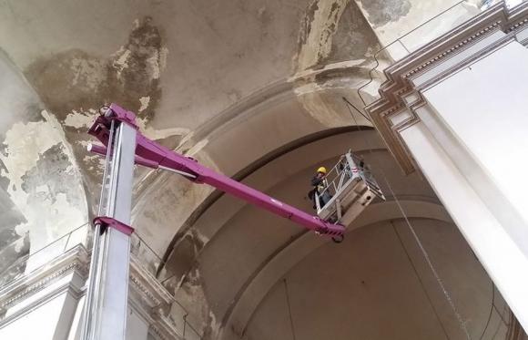 Trabajos en templo de San Francisco terminaron con revoques peligrosos, pero falta restaurar.