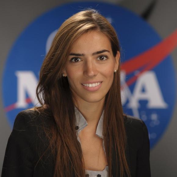 Eleni Antoniadou (EE.UU.), ganadora por América del Norte.