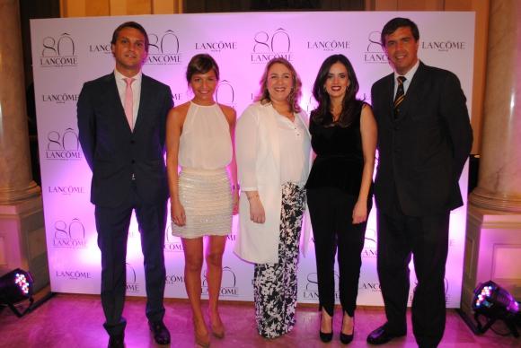 Hugo Riva, Josefina Valenti, Magdalena Mántaras, Mariana Almirón, César Caggiano.
