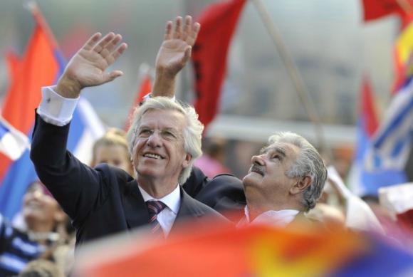 Mujica y Astori el día que asumieron el gobierno. Foto: Archivo El País