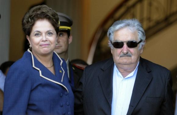 Con la presidenta de Brasil, Dilma Rousseff. Foto: Archivo El País