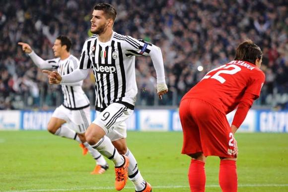 Morata abrió el marcador en Juventus-Sevilla. Foto: Reuters.