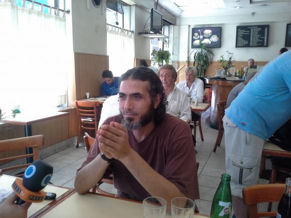 Abu Wael Dihab en Buenos Aires. Foto: Victoria Molnar