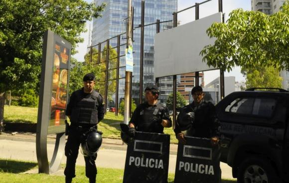Próximo a la torre 4 del World Trade Center hubo un amplio operativo policial y militar.