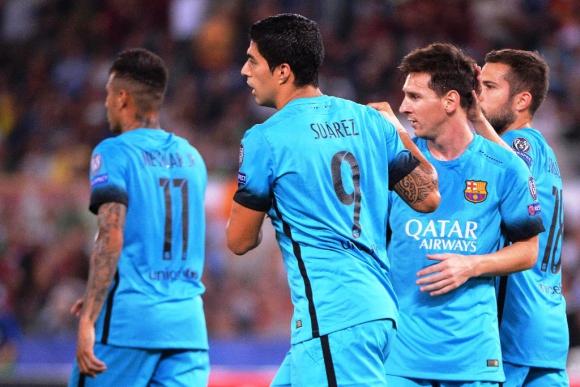 Luis Suárez y Messi festejan el gol del Barcelona en Roma. Foto: EFE