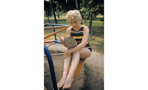 Marilyn con el Ulises, foto Eve Arnold, 1955