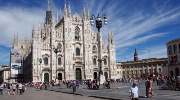 Del 1 de mayo al 31 de octubre Milán acoge a la Expo Milano 2015, una exhibición centrada en los alimentos y que tendrá entre sus pabellones expositores de la talla de Norman Foster y Daniel Libeskind. Foto: Wikicommons.