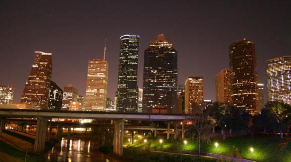 Houston llama la atención de los turistas por su variado menú en cuanto a oferta gastronómica. Se recomienda visitar los restaurantes Underbelly, Oxheart y Hunky Dory. Foto: Wikicommons