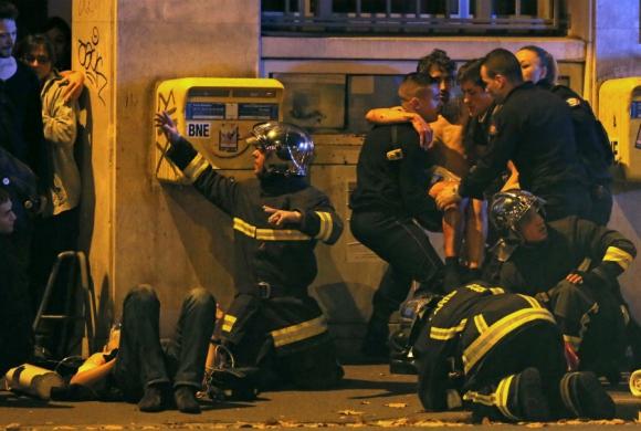 Noche de pánico y horror en las calles de París. Foto: Reuters