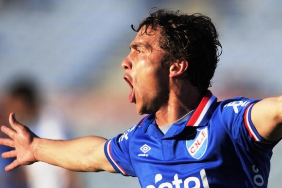 Sebastián Fernández y la boca llena de gol. Foto: Fernando Ponzetto