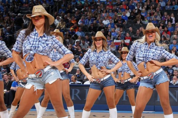 Las cheerleaders de Oklahoma City Thunder. Foto: Getty Images.