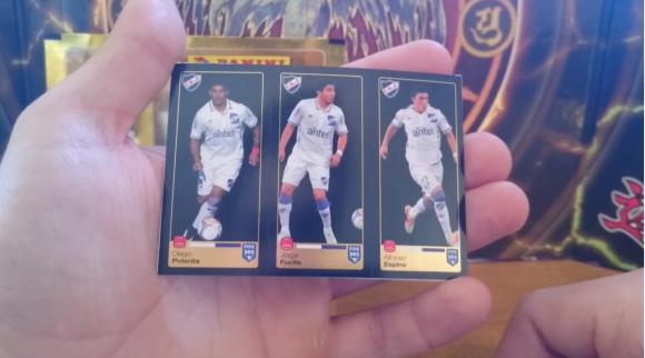 Polenta, Fucile y Espino en el Álbum Panini FIFA 365. Foto: captura video Youtube