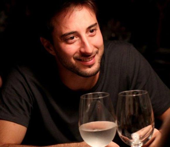 Fernando de Clemente. Trabaja en Grey Brasil.