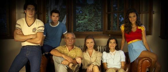 La familia Puccio según la versión de Luis Ortega para la pantalla chica.