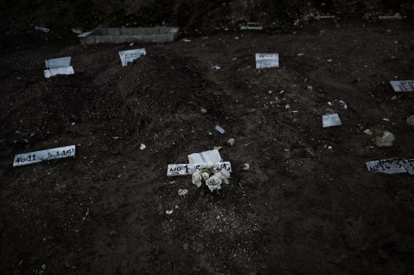 Ya no hay lugar para los cuerpos de los refugiados. Foto: AFP