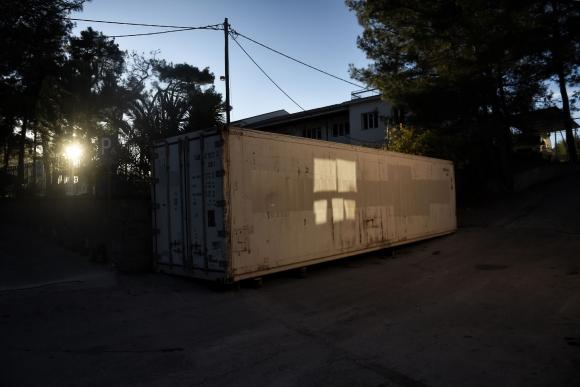 Contenedor en donde se guardan los cuerpos. Foto: AFP